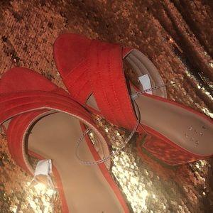 Very cute red orange high heels with peep toe 💕
